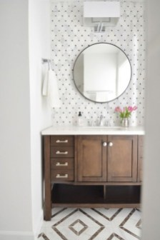 Cool Small Master Bathroom Remodel Ideas 23