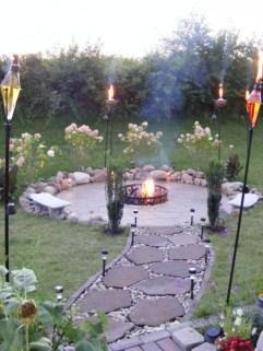 Cozy Backyard Landscaping Ideas On A Budget 28