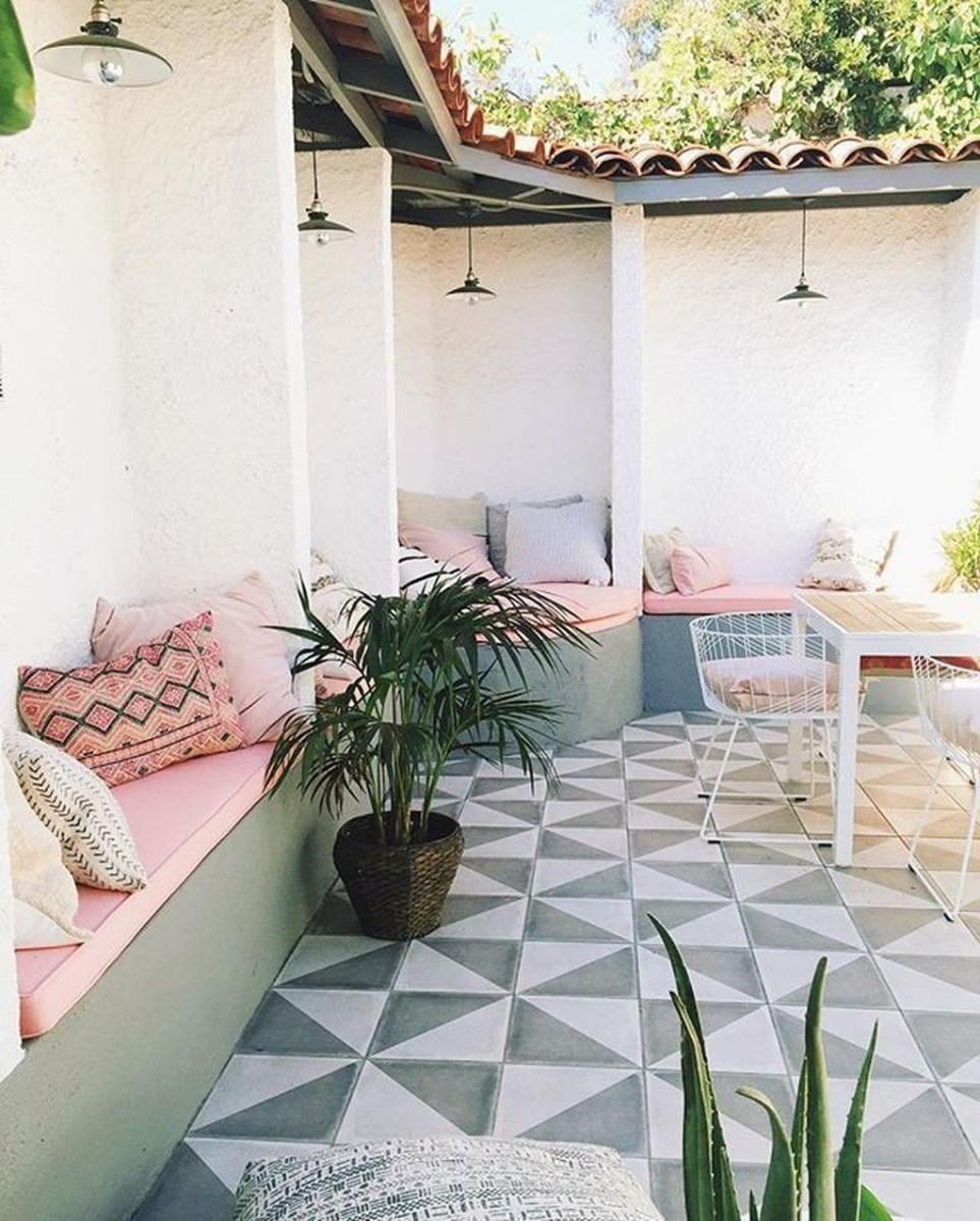 Cute And Cool Pastel Patio Design Ideas20