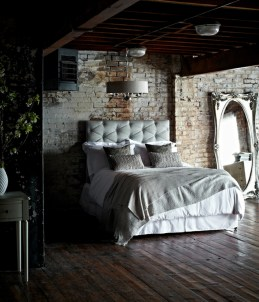 Elegant Rustic Bedroom Brick Wall Decoration Ideas 24