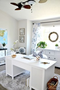 Elegant And Exquisite Feminine Home Office Design Ideas 10