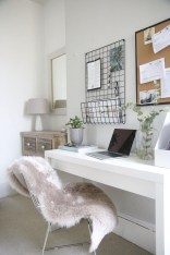 Elegant And Exquisite Feminine Home Office Design Ideas 14
