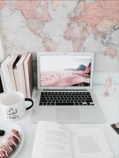 Elegant And Exquisite Feminine Home Office Design Ideas 19