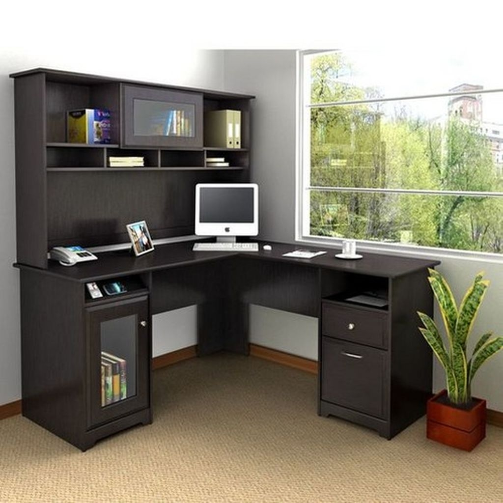 Futuristic L Shaped Desk Design Ideas 12