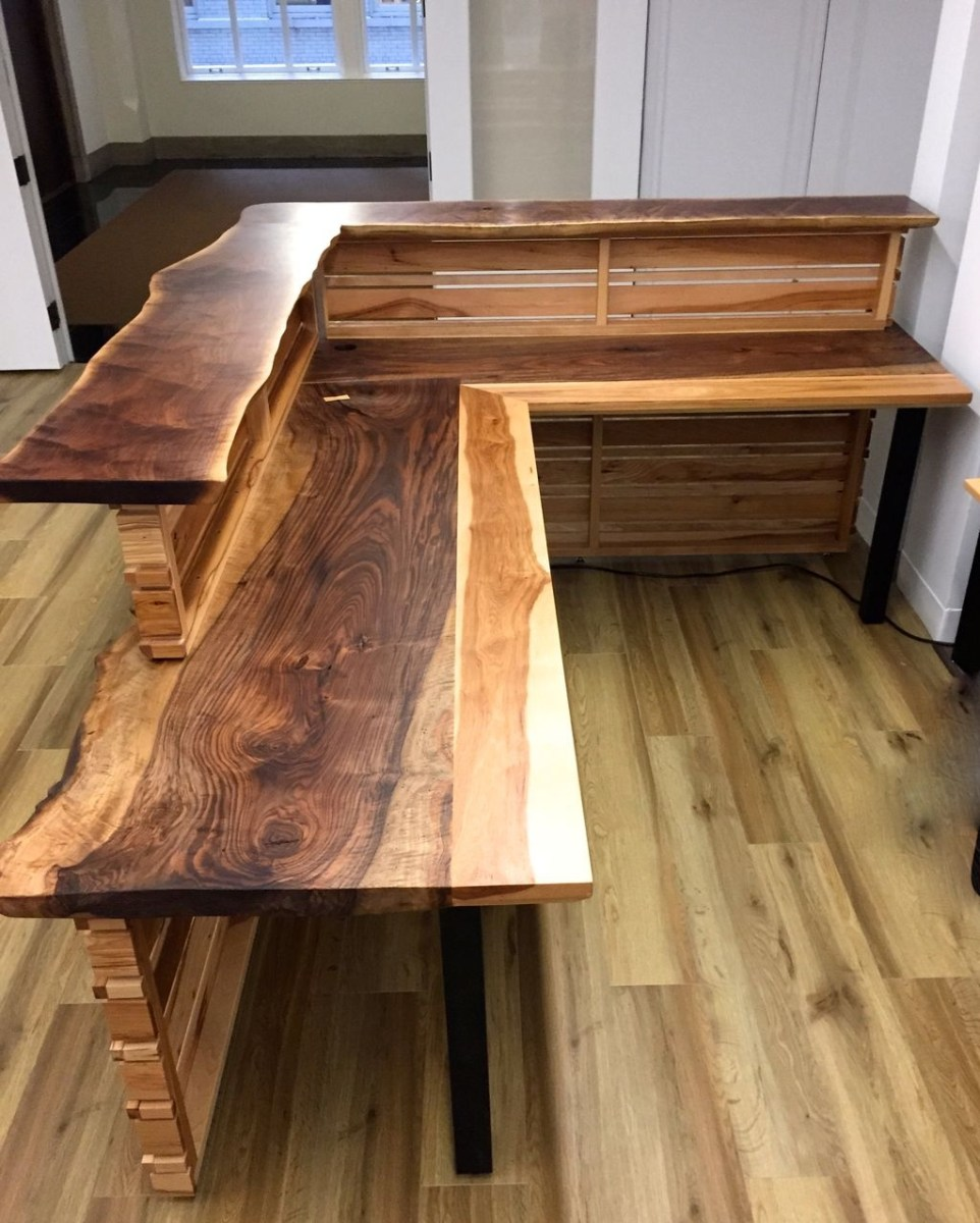 Futuristic L Shaped Desk Design Ideas 20