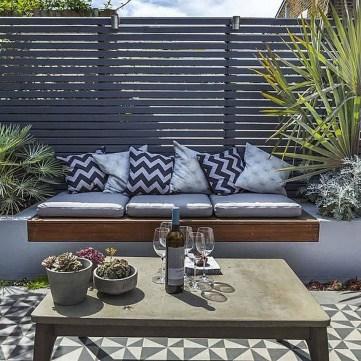 Incredible Small Backyard Garden Ideas 29