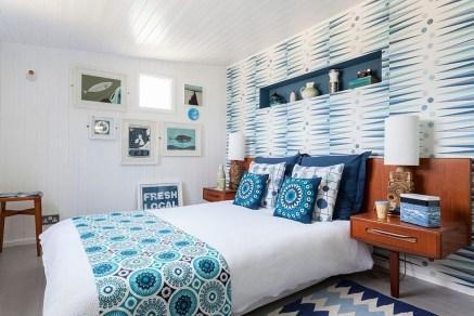 Modern And Stylish Scandinavian Bedroom Decoration Ideas 01