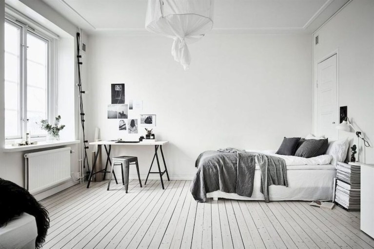 Modern And Stylish Scandinavian Bedroom Decoration Ideas 14