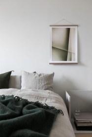 Modern And Stylish Scandinavian Bedroom Decoration Ideas 23