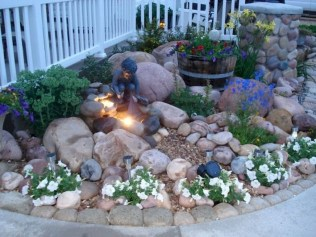 Relaxing Japanese Inspired Front Yard Decoration Ideas 02