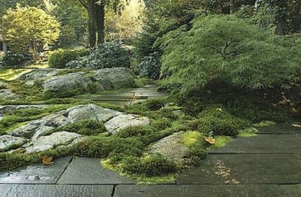Relaxing Japanese Inspired Front Yard Decoration Ideas 12