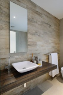 Simple And Cozy Wooden Bathroom Remodel Ideas 01