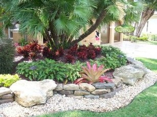 Totally Beautiful Front Yard Landscaping Ideas On A Budget 27