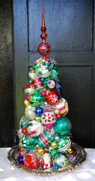 Vintage Christmas Decor Ideas For This Winter 35