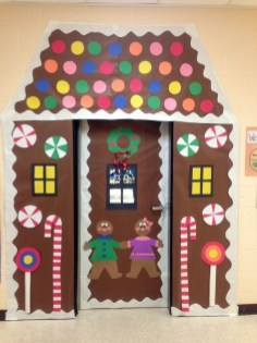 Adorable Winter Classroom Door Decoration Ideas 01