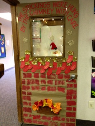 Adorable Winter Classroom Door Decoration Ideas 06