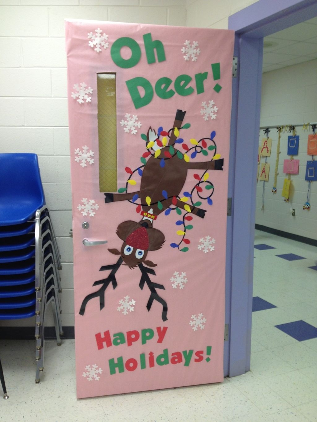 Adorable Winter Classroom Door Decoration Ideas 08
