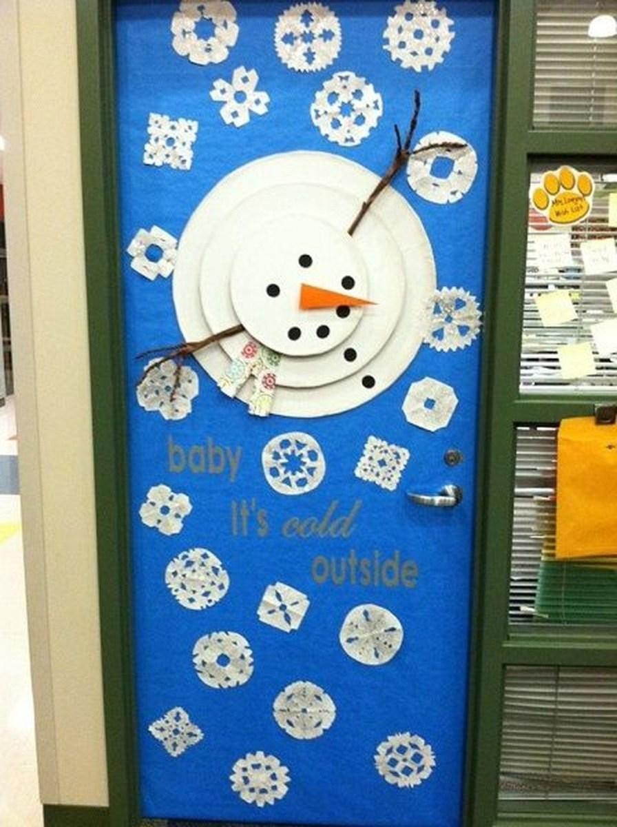 Adorable Winter Classroom Door Decoration Ideas 33