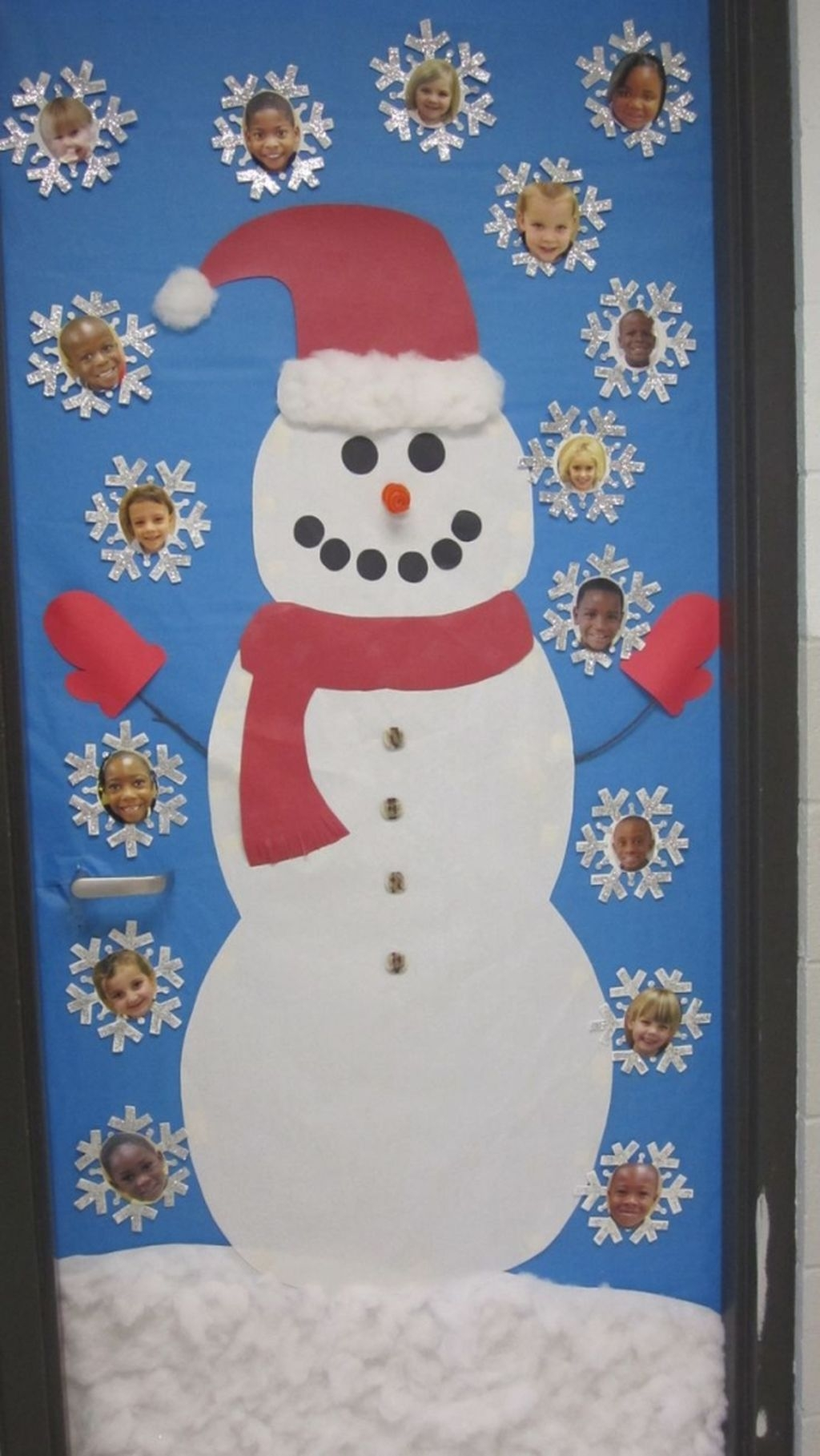 Adorable Winter Classroom Door Decoration Ideas 37