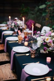 Amazing Winter Table Decoration Ideas 31