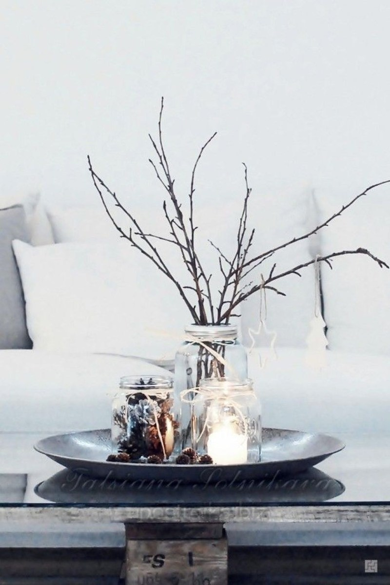 Amazing Winter Table Decoration Ideas 35
