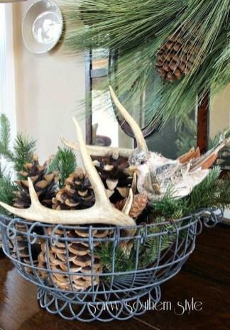 Amazing Winter Table Decoration Ideas 40
