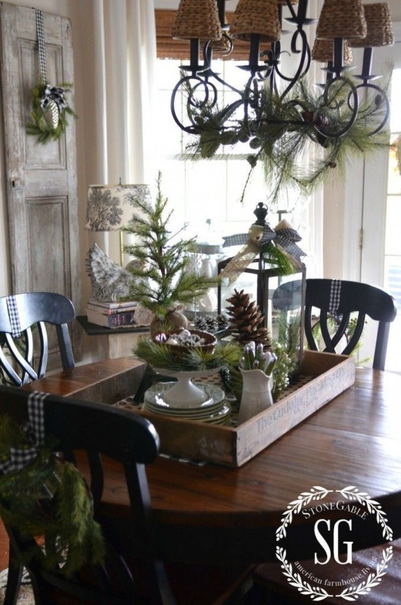 Amazing Winter Table Decoration Ideas 41