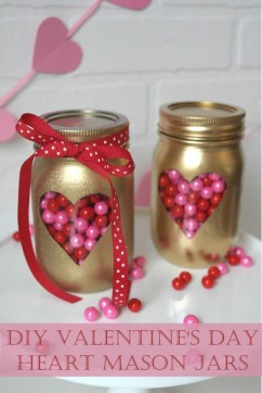 Beautiful And Creative DIY Valentine Decoration Ideas For Your Home 07