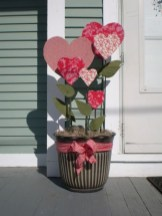 Beautiful And Creative DIY Valentine Decoration Ideas For Your Home 15