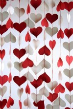 Cool And Cozy Red Valentines Day Decoration Ideas 23