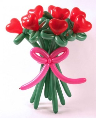 Cool And Cozy Red Valentines Day Decoration Ideas 24