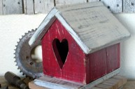 Cool And Cozy Red Valentines Day Decoration Ideas 28