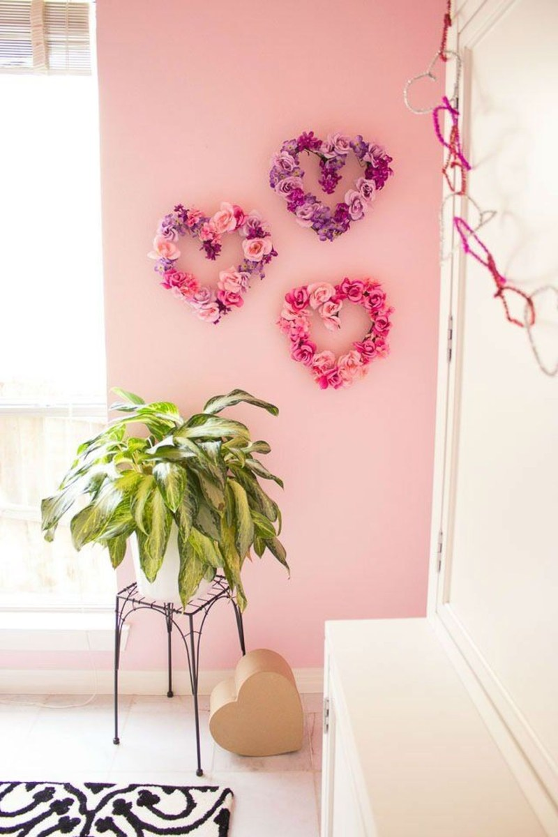 Cute Pink Valentines Day Decoration Ideas For Your Home 04