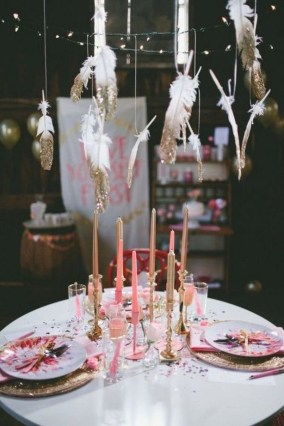 Cute Pink Valentines Day Decoration Ideas For Your Home 18