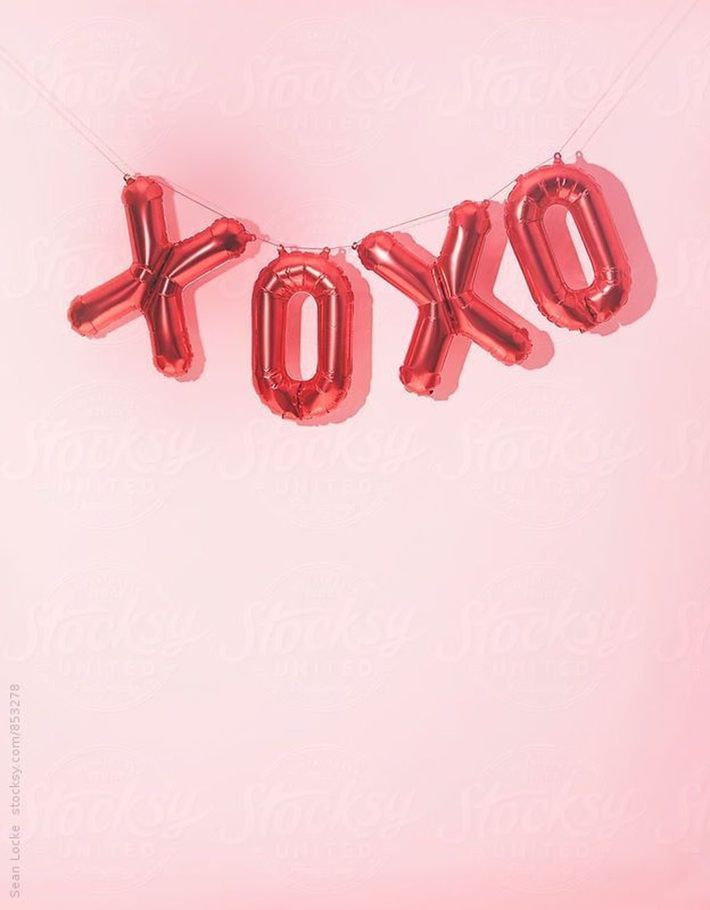 Cute Pink Valentines Day Decoration Ideas For Your Home 29