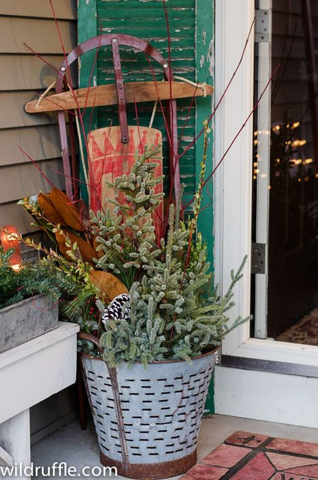 Fabulous Outdoor Winter Decoration Ideas 04