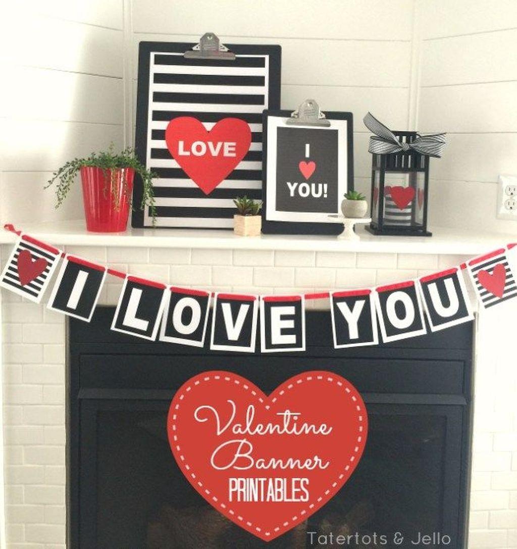 Inspiring Valentines Day Fireplace Decoration Ideas 32