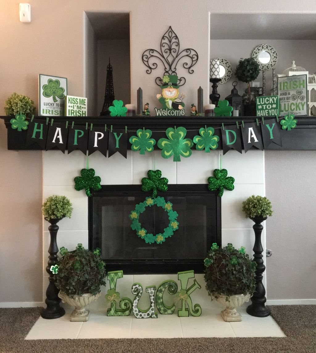 Inspiring Valentines Day Fireplace Decoration Ideas 41