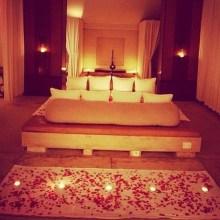 Romantic Valentines Bedroom Decoration Ideas 15