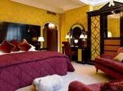 Romantic Valentines Bedroom Decoration Ideas 23