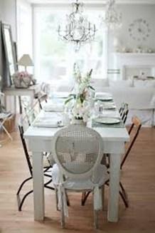 Romantic Valentines Day Dining Room Decoration Ideas 14