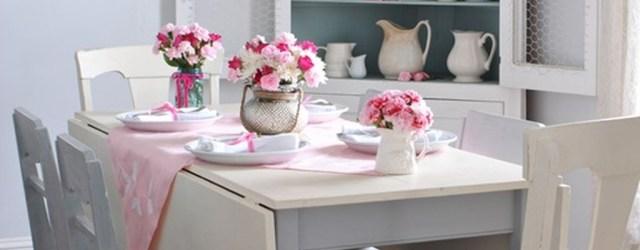 Romantic Valentines Day Dining Room Decoration Ideas 37