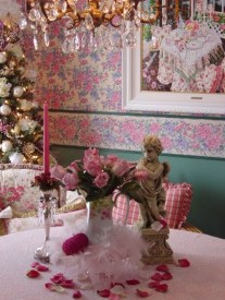 Romantic Valentines Day Dining Room Decoration Ideas 41
