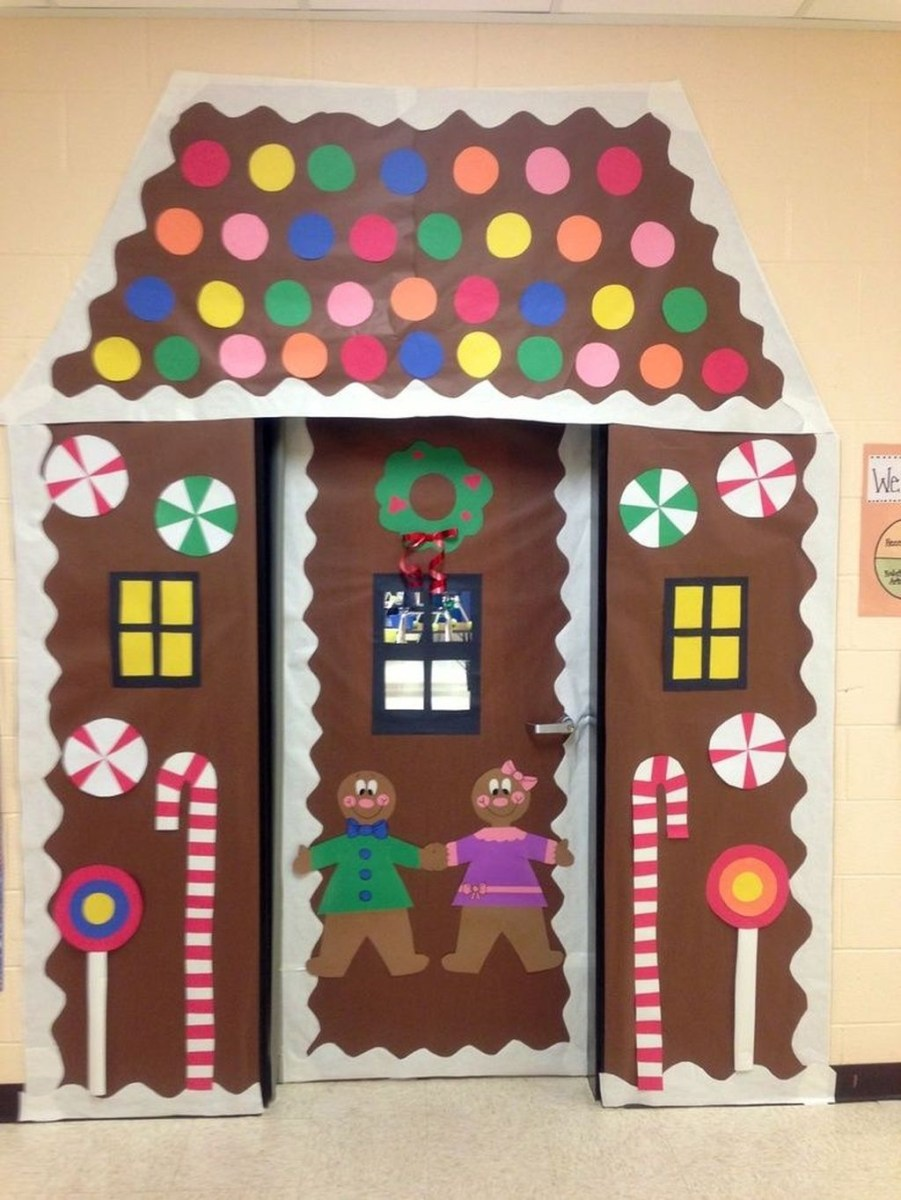 Stunning Front Door Decoration Ideas For Winter 27