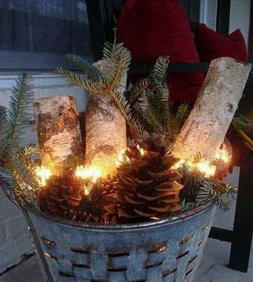 Totally Adorable Winter Porch Decoration Ideas 10