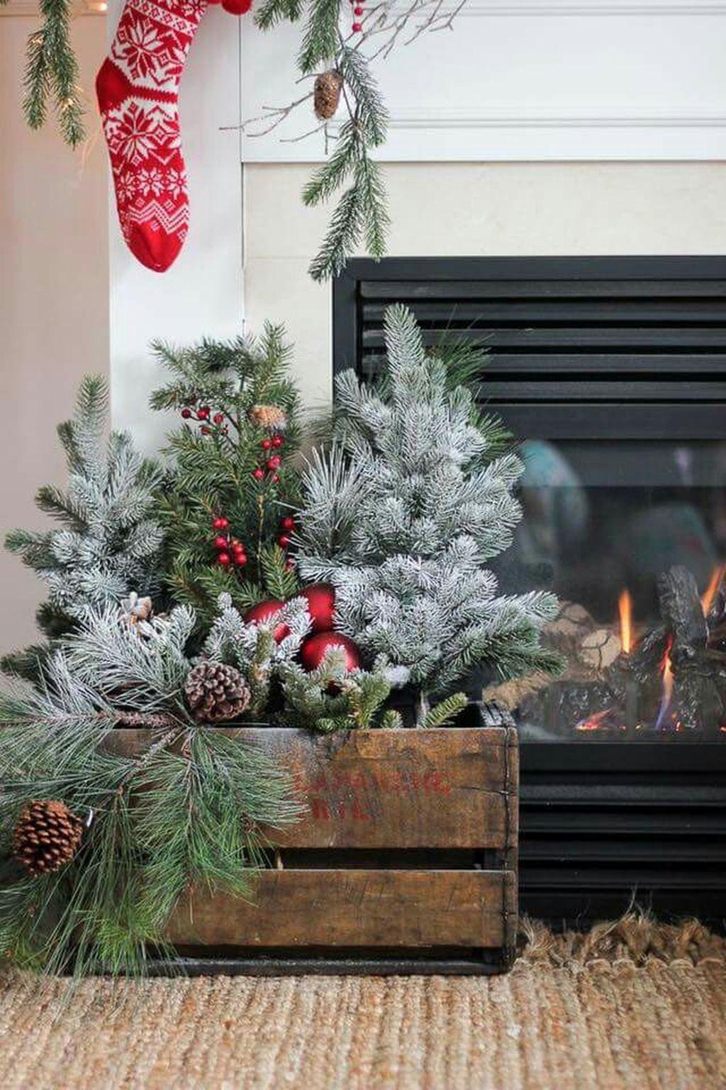 Totally Adorable Winter Porch Decoration Ideas 11