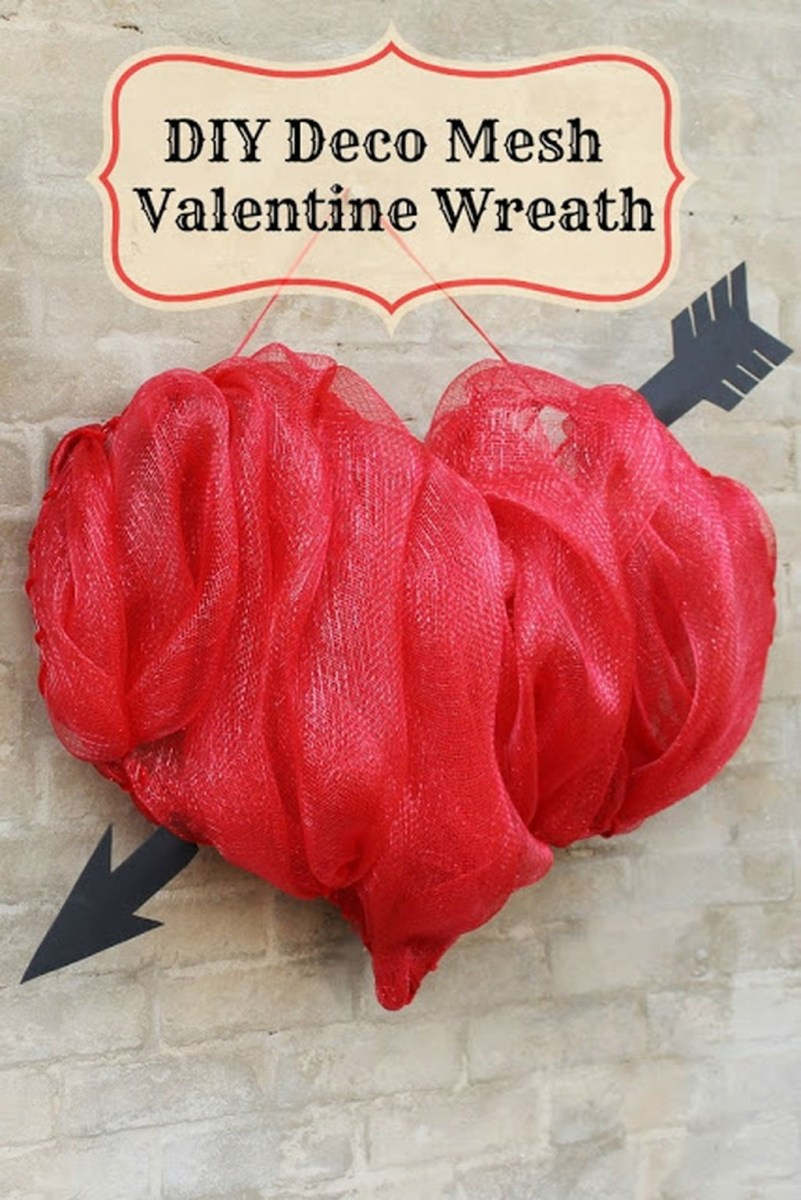 Totally Adorable Wreath Ideas For Valentines Day 01