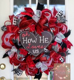 Totally Adorable Wreath Ideas For Valentines Day 04