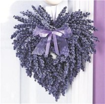 Totally Adorable Wreath Ideas For Valentines Day 08