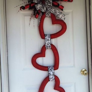 Totally Adorable Wreath Ideas For Valentines Day 16